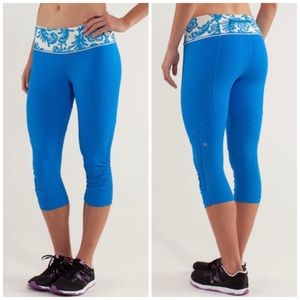 Lululemon | Beaming Blue Run: For Your Life Crop 2